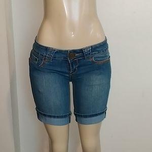Bubblgum Denim Short Women's Size 7/8
